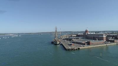 ITS Amerigo Vespucci & HMS Warrior