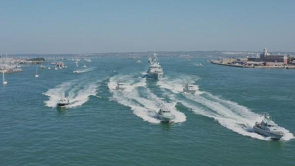Royal Navy HMS Tamar & HMS Spey 4K