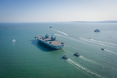 HMS Queen Elizabeth departing HMNB Portsmouth