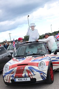 More than 1,300 MINI drivers gathered in Michigan's Upper Peninsula Saturday, Aug. 5, 2017, in attempt to break the Guinness World Record for largest parade of MINIs. The group  fell short of the 1,450 record, reaching 1,328. (Photo by Jenny Sherman / The Oakland Press)