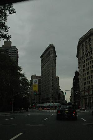 10-24-04 MINIs in Manhattan Sunrise run 029