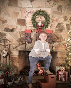 LEWIS CHRISTMAS9