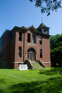 school old abandoned Louisburg MN Minnesota River Valley trip July 23-24 2019 IMG_0216