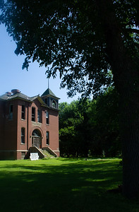 school old abandoned Louisburg MN Minnesota River Valley trip July 23-24 2019 IMG_0215