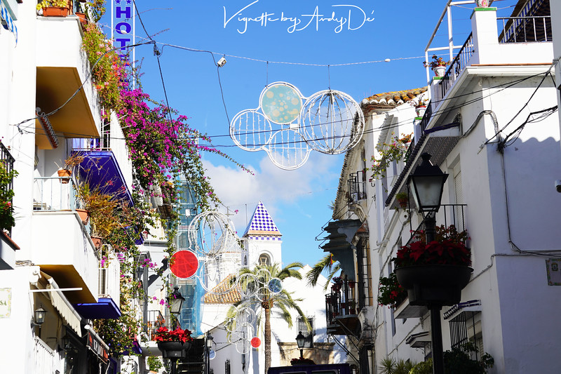 The festive spirit incarnated in the city center of MARBELLA!
