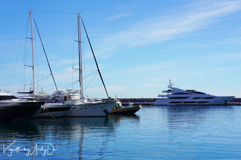 An amazing array of expensive boats and yachts line up  the Bay of PUERTO BANUS, and make for some compelling shots!