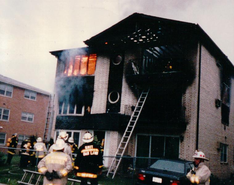 2-11 alarm fire in Roberts Park