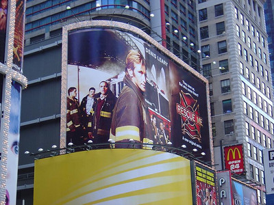 RESCUE ME BILLBOARD W/ DENNIS LEARY FROM TIMES SQUARE
