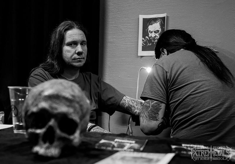 Nox (CRAFT) getting tattooed - Inferno Festival 2016