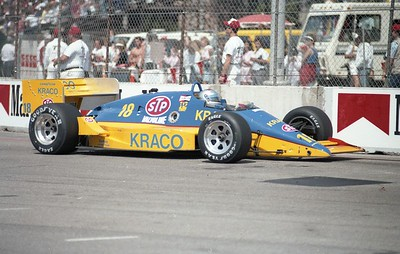 1987 LBGP - 18 Michael Andretti2 Missing Right Front Wing