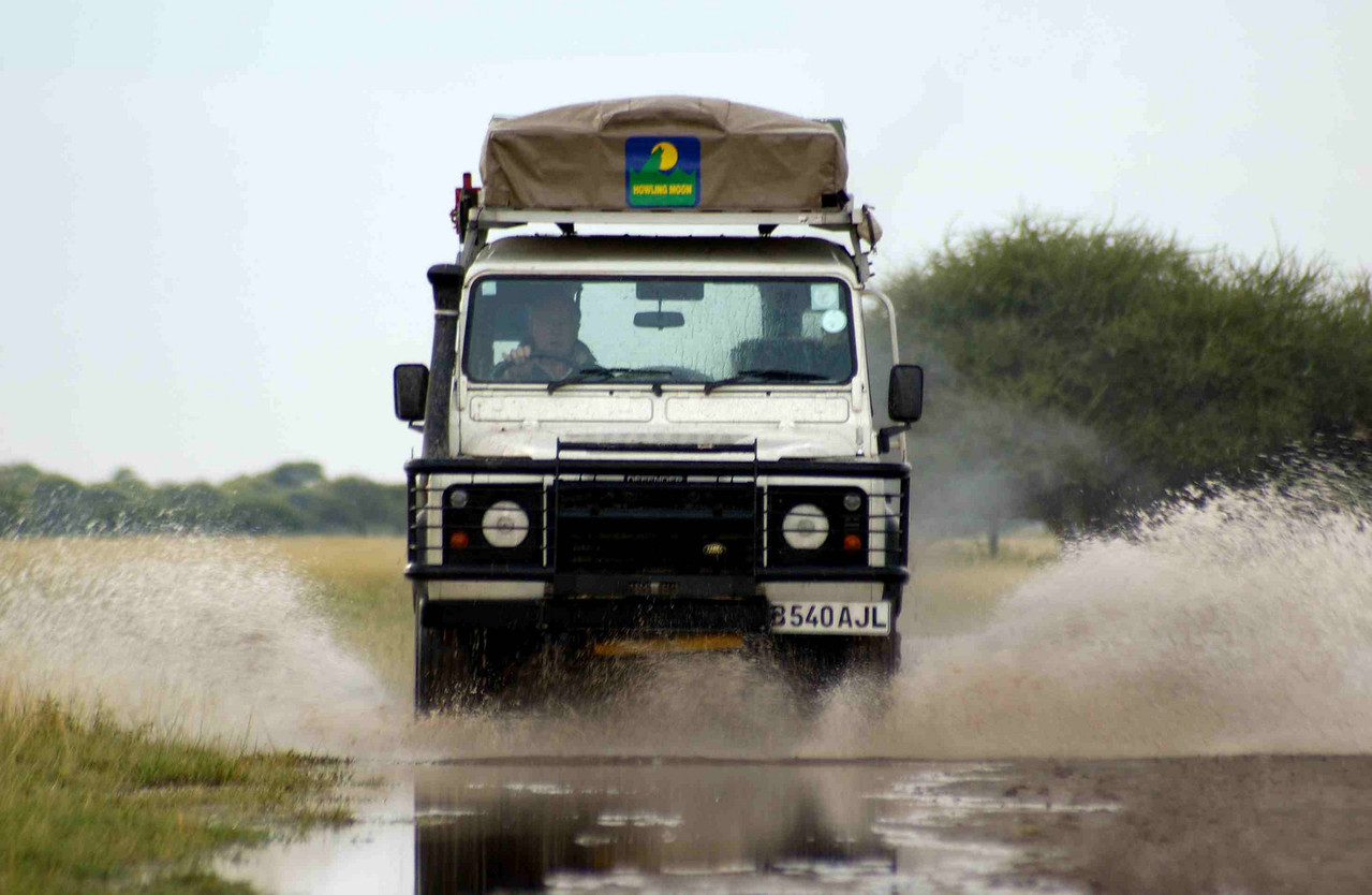 4x4 safari in Nxai Pan