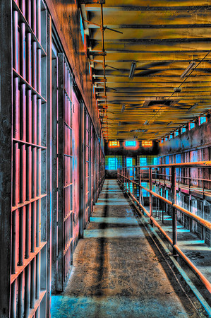 HDR Psychedelia, cell block