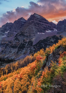 Maroon Bells at Dusk