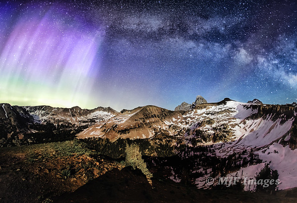 Aurora over the Tetons