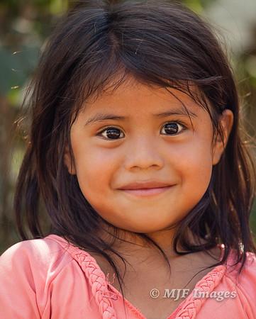 Maya Eyes