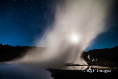 Moon & Steam