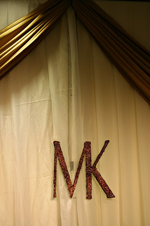 MK929