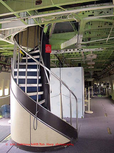 spiral stairs to upper level of 747