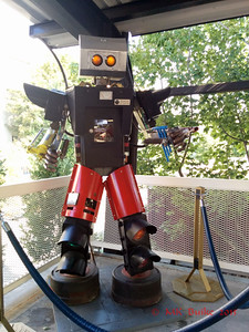 "Monorail Man, ""robot"" statue"