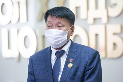 """2021 оны долдугаар сарын 9. Ерөнхийлөгч У.Хүрэлсүх """"Токио-2020"""" олимпын наадамд оролцох Монгол Улсын баг, тамирчидтай уулзаж, амжилт хүслээ.  ГЭРЭЛ ЗУРГИЙГ Д.ЗАНДАНБАТ/MPA"""
