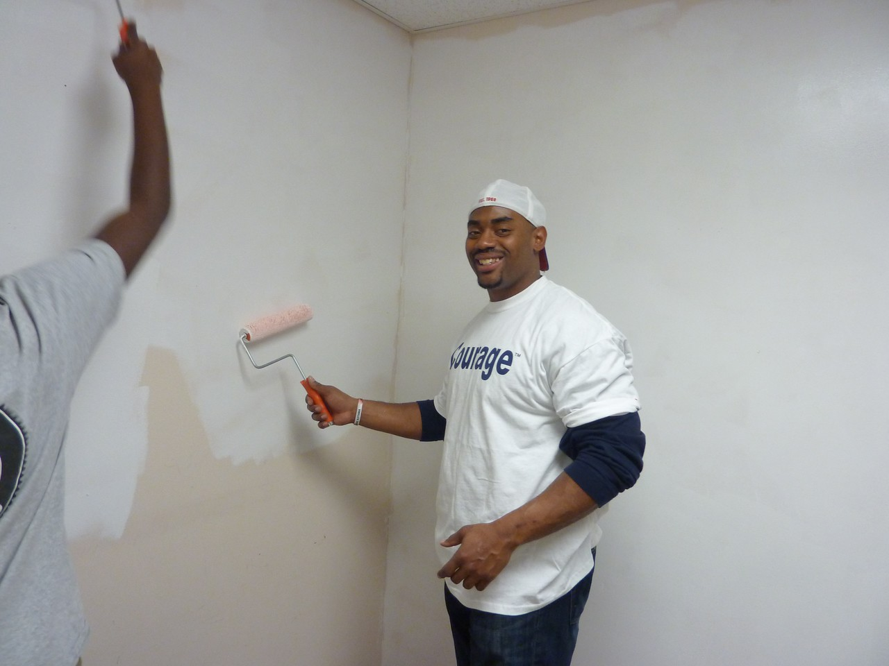MLK Day, January 18, 2010: Buffalo Bills linebacker Chris Draft served as an MLK Day ambassador. He participated in numerous Kin Day activities, including a painting project at a Buffalo community center.