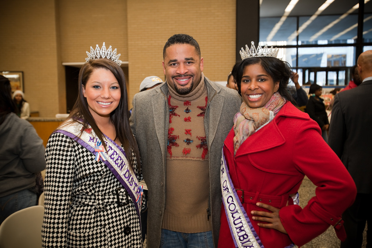 MLK Day, January 18, 2010:  Ms. Teen District of Columbia Hope Wiseman, left, served along with Gospel singer Byron Cage, center, and Ms. District of Columbia Jen Corey.