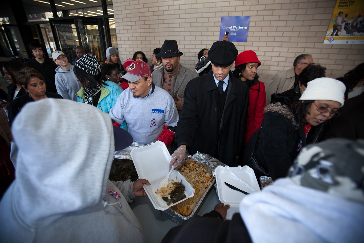 MLK Day, January 18, 2010: Washington, DC, Mayor Adrian Fenty was among those serving food at the Martin Luther King, Jr. Memorial Library.