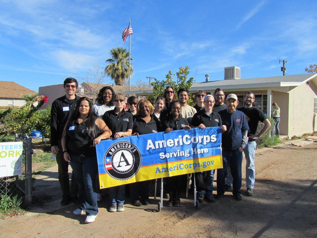HandsOn Greater Phoenix joined forces with the Alliance of Arizona Nonprofits AmeriCorps VISTA team, Mesa United Way, and the city of Mesa to coordinate the successful MLK Day 2014 in Mesa, AZ. Approximately 35 VISTA members served alongside returned Peace Corps Volunteers and Mesa Community members to promote the Volunteer Income Tax Assistance program and the painting of the exterior of a low-income veteran home. The exterior of 1 house was fully repainted and over 215 households were reached through community outreach.