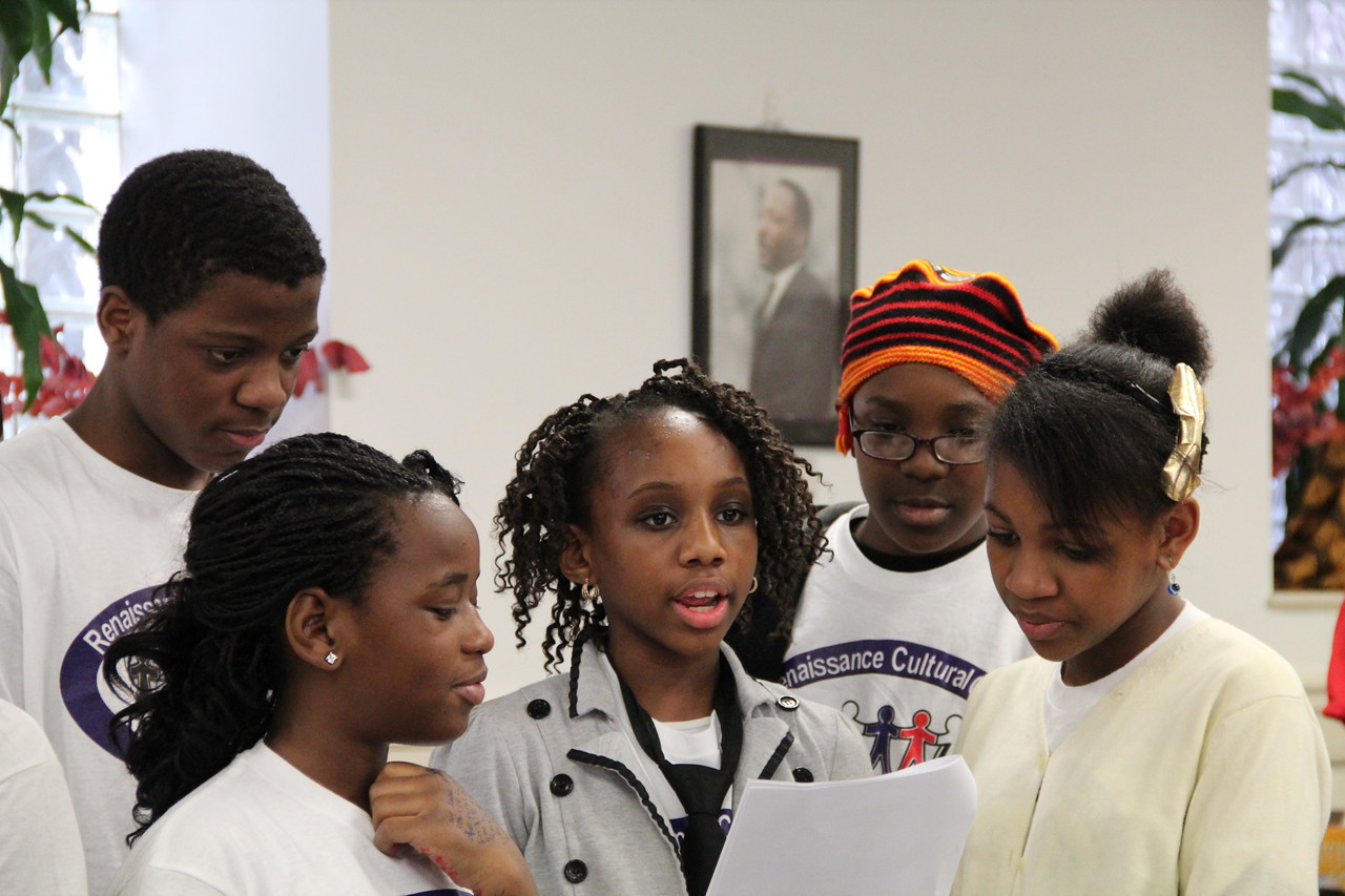 Young volunteers from the Renaissance Youth Center perform on MLK Day 2014. Corporation for National and Community Service Photo.