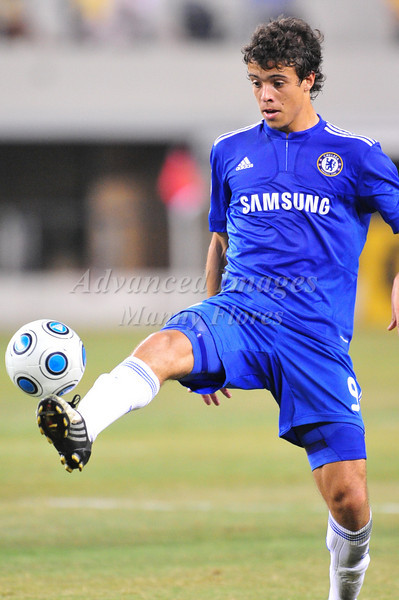 July 26 2009 World Football Challenge - Chelsea FC v Club America:<br />  #9 Franco DiSanto of FC in action at the Cowboys Stadium in Arlington, Texas.<br /> Chelsa FC beats Club America 2-0.