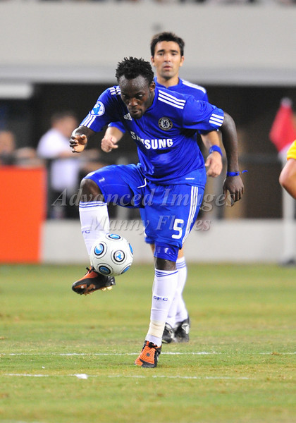 July 26 2009 World Football Challenge - Chelsea FC v Club America:<br />  #5 Michael Essien of FC in action at the Cowboys Stadium in Arlington, Texas.<br /> Chelsa FC beats Club America 2-0.