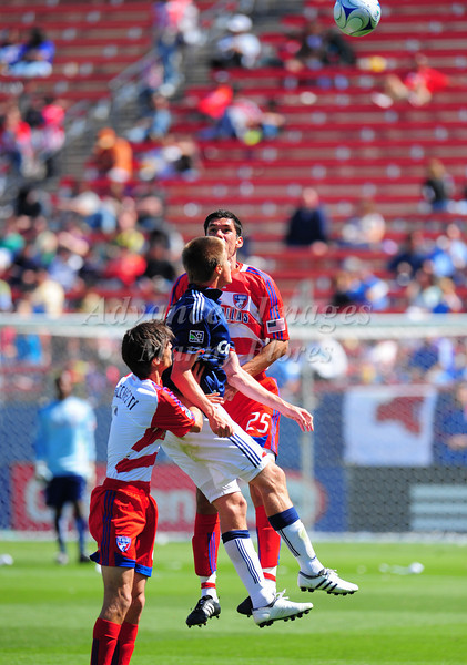 29, March 2009:  <br /> Chivas USA middle Jesse Marsch (Cap) #15  & FC Dallas defender Steve Purdy #25 in action during the soccer game between FC Dallas & Chivas USA at the Pizza Hut Stadium in Frisco,TX. Chivas USA  beat FC Dallas 2-0.<br /> Manny Flores/Icon SMI