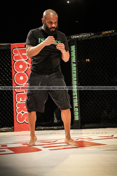 Legacy Amateur Series 15 by Diego Reyes for TXMMA.com. Order photos at http://www.mikecalimbas.com/MMA/Legacy-Amateur-Series-15