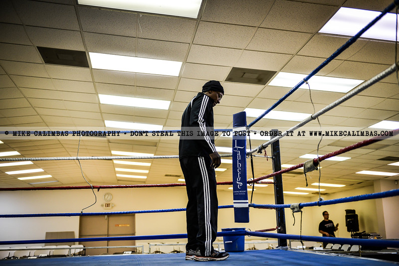 Muay Thai Kingdom by Mike Calimbas, TXMMA.com. Order photos at http://www.mikecalimbas.com/MMA/Muay-Thai-Kingdom