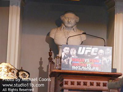 UFC 100825 0001
