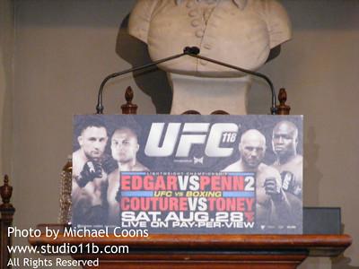 UFC 100825 0003