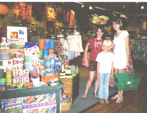 Hilo Hatties shopping