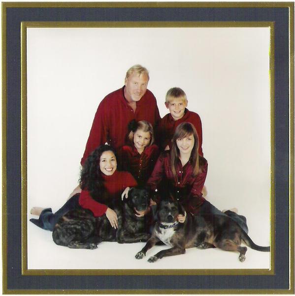 Bob & family Dec 04