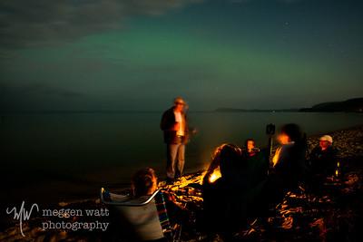 TLR-20180827-7727 Northern lights, beach fire, moonlight: a star-studded setting