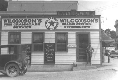 Walter Wilcoxson operated a Texaco filling station at the corner of Main Street and North Center Street in Millerton, N.Y., in the 1920s. He also sold candies, snacks and tobacco products. The Oakhurst Diner, 19 Main St., is now on this site.