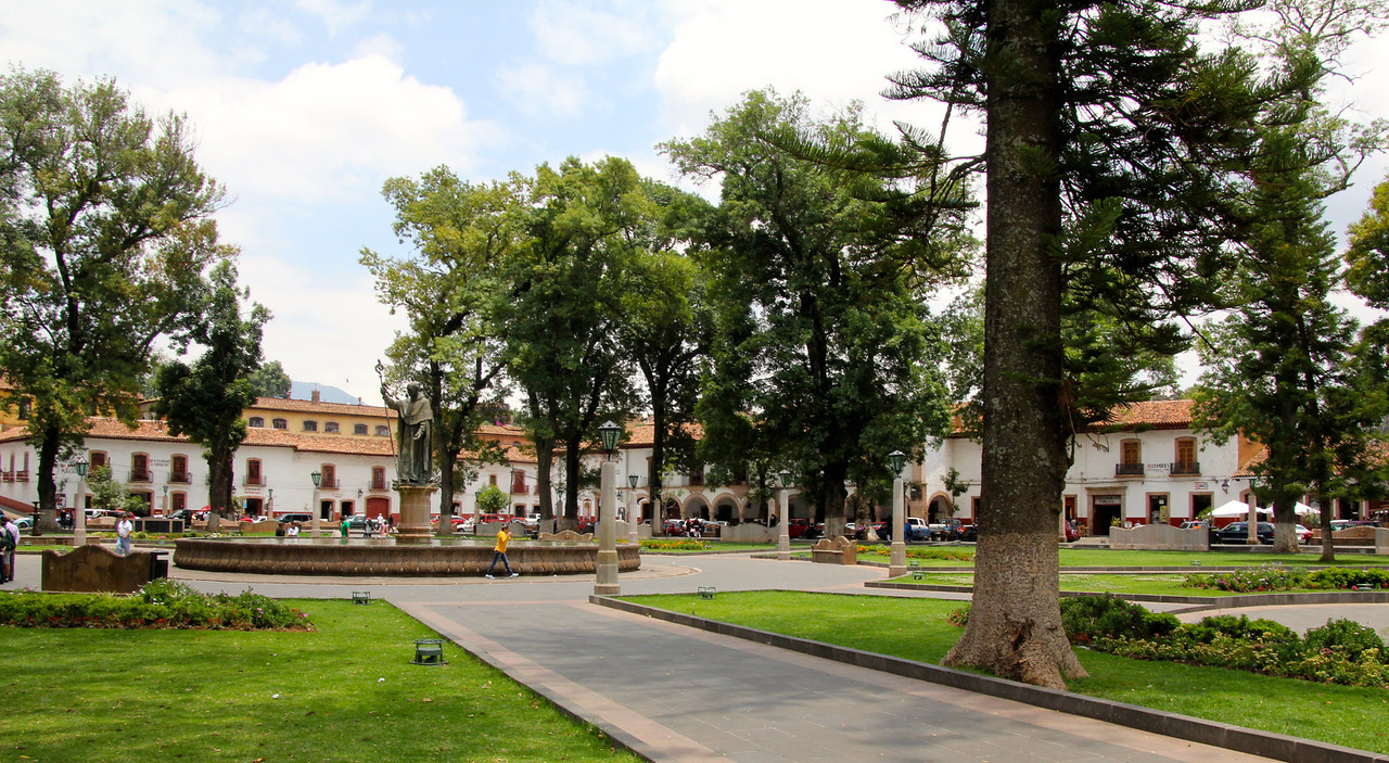 """After a short ride of about an hour we arrived in Pátzcuaro which is also in the state of Michoacán. Pátzcuaro dates back to 1320s and it has retained its colonial and indigenous character since then. It has been named both a """"Pueblo Mágico"""" and one of the 100 Historic World Treasure Cities by the United Nations. -Jay"""