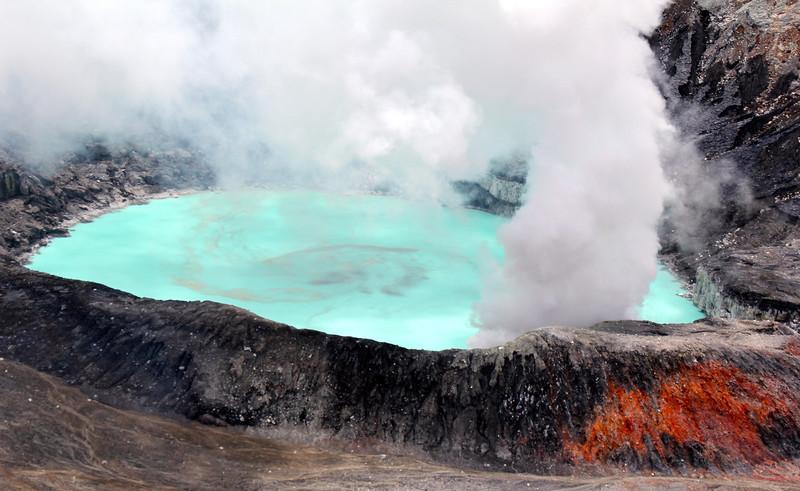 #6 - Poas Volcano National Park (Costa Rica)