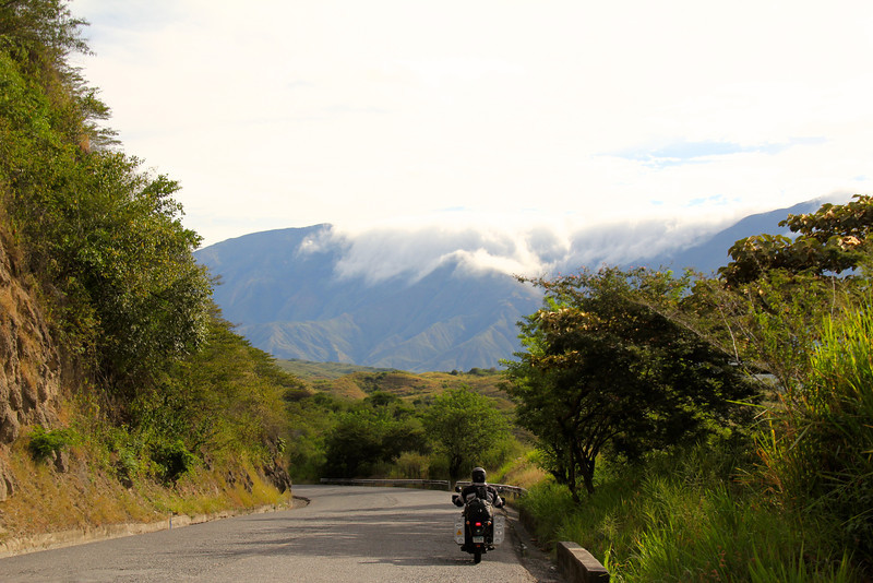 The Colombia roads continued to be a pleasure to drive. No enforcement of any speed limits, motos aren't charged tolls, and the signage is decent. Amazingly, we havn't seen a single accident since leaving the states. - Jay