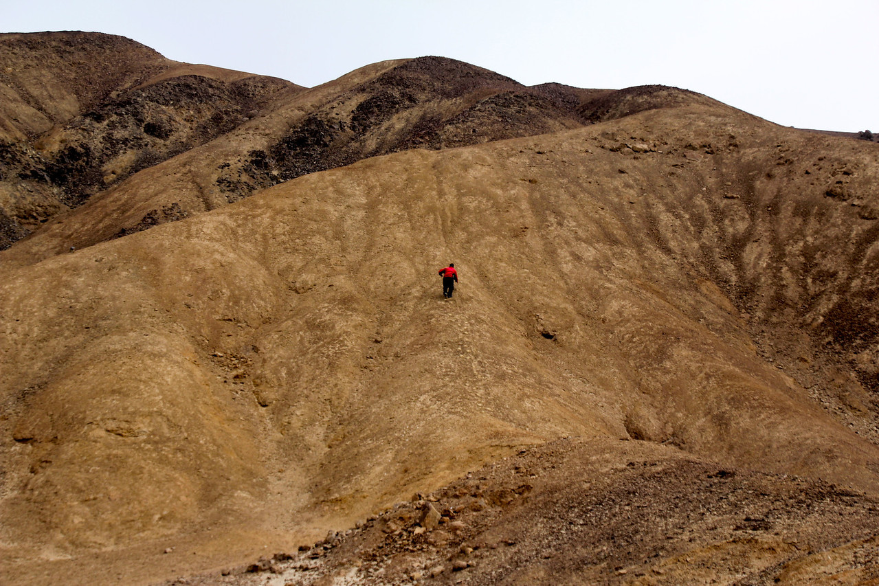Conor decided to head up a nearby sand dune/mountain and as always it proved to be bigger than it looked. - Jay