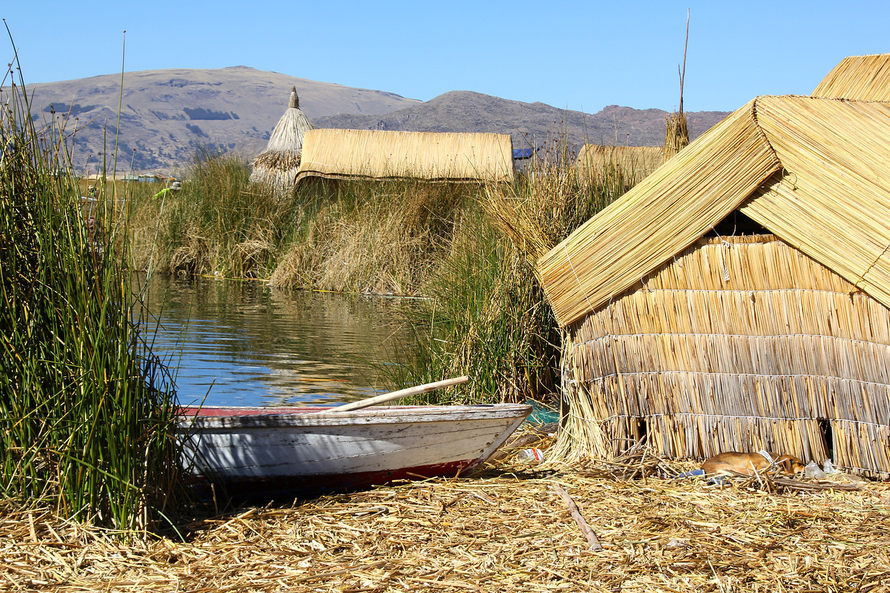 Check out six additional shots of the islands and the Uros people. - Jay