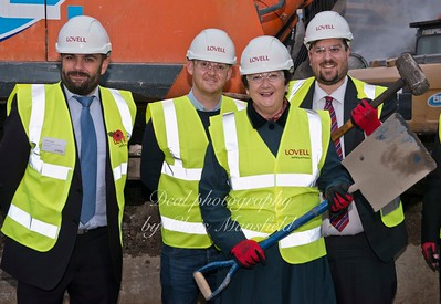 Nov' 10th 2015. Council leader Denise Hyland visits the site