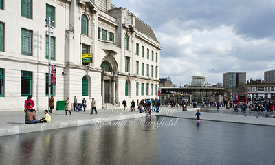 April 14th 2012.. GG Square water feature