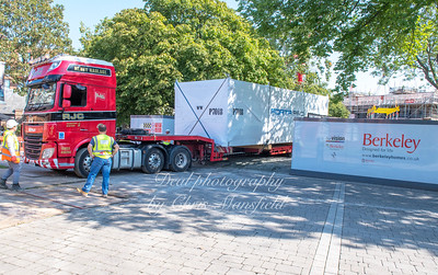 Sept' 1st 2018 Modular apartment being delivered