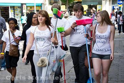 Aug' 10th 2011 .. Volunteers