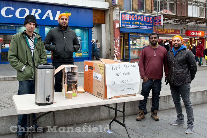 Dec 26th 2014.  These people were giving away free hot food and drink to the homeless.   They were not part of any organised charity or church group , just a family who wanted to give something back to the community over Christmas